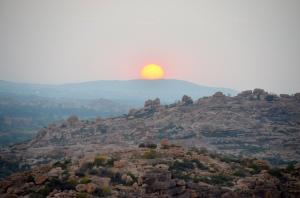 Sonnenuntergang bei Hampi